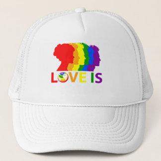 Boné O amor é amor