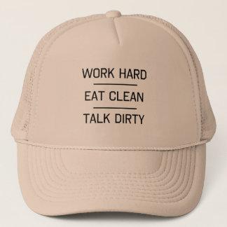 Boné O duro do trabalho, come limpa, conversa suja