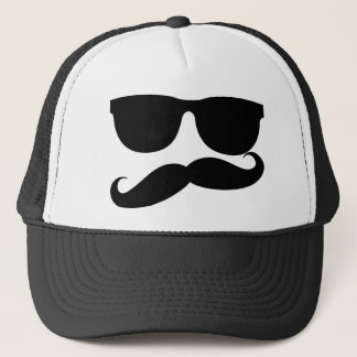 Boné O homem do bigode