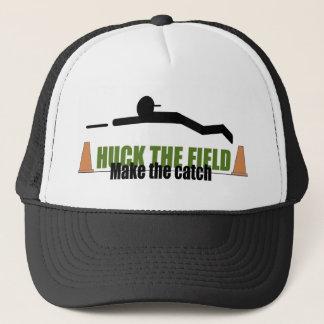 Boné O Huck o campo, faz a captura