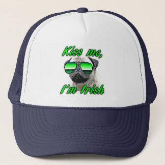 Boné O Pug irlandês, engraçado beija-me o dia de St