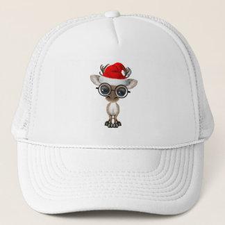 Boné Rena Nerdy do bebê que veste um chapéu do papai