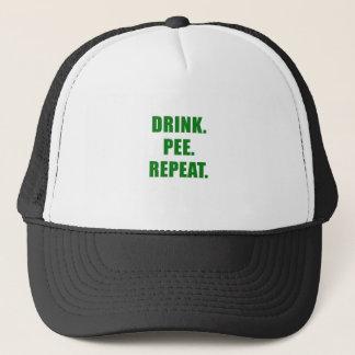 Boné Repetição do xixi da bebida