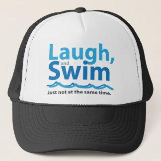 Boné Riso e natação… apenas não ao mesmo tempo