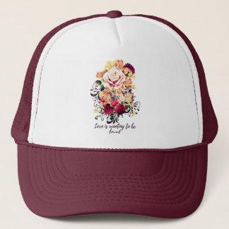 Boné Rosas e lilac. O amor está querendo ser amado