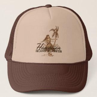 Boné Tradewinds no marrom em um chapéu do camionista