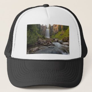 Boné Tumalo majestoso cai em Oregon central EUA