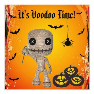 Boneca bonito do Voodoo & partido do Dia das Convites Personalizados