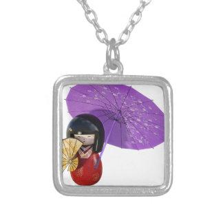 Boneca de Sakura com guarda-chuva Colar Banhado A Prata