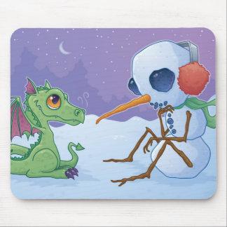 Boneco de neve e dragão Mousepad