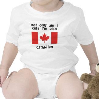 Bonito e canadense macacãozinhos para bebê