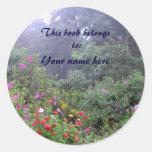 Bookplate enevoado do jardim adesivos em formato redondos