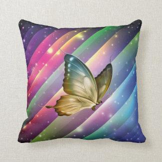 Borboleta colorida do verão travesseiro de decoração