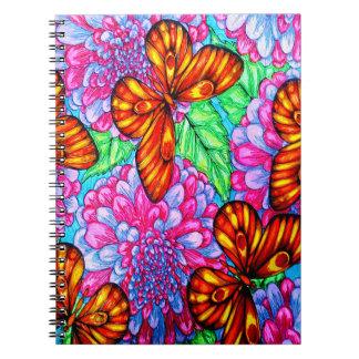 Borboleta e caderno das flores