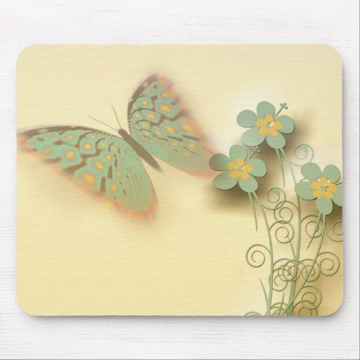 Borboleta e flores mousepad