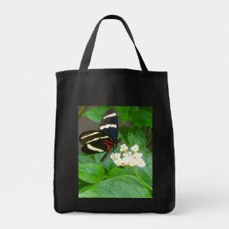 Borboleta na sacola das flores bolsa tote
