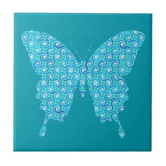 Borboleta, teste padrão no azul da cerceta, azulejo quadrado pequeno