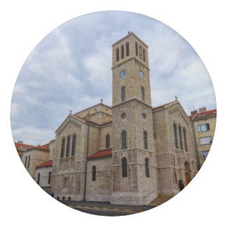 Borracha A igreja de St Joseph em Sarajevo. Bósnia e Herz