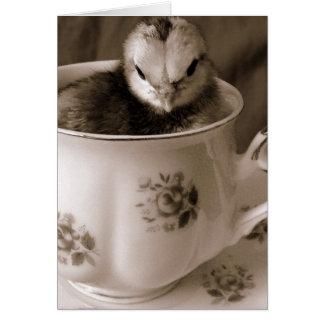 Botas em um copo de chá, páscoa cartão de nota