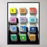 botões coloridos do telefone pôsteres