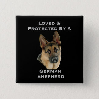 Bóton Quadrado 5.08cm Amado & protegido por um german shepherd
