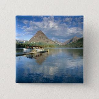 Bóton Quadrado 5.08cm Barco da excursão entrado no lago duas medicine na