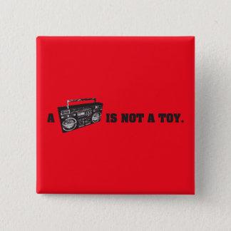 Bóton Quadrado 5.08cm Boombox não é um brinquedo