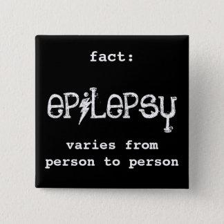 Bóton Quadrado 5.08cm fato: a epilepsia varia