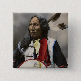 Bóton Quadrado 5.08cm Grito no vintage do indiano de Oglala Sioux 1899