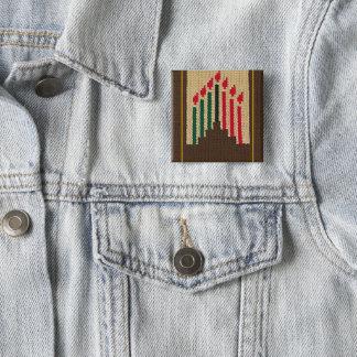 Bóton Quadrado 5.08cm Velas de Kwanzaa e espeto do impressão do Crochet