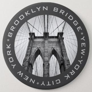 Bóton Redondo 15.24cm Texto do costume do marco de New York City da