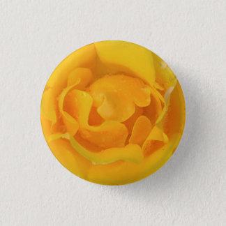 Bóton Redondo 2.54cm Gotas amarelas românticas da água cor-de-rosa