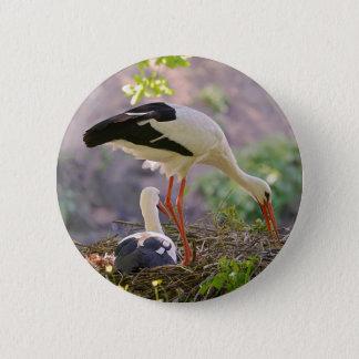 Bóton Redondo 5.08cm Cegonhas brancas em seu ninho