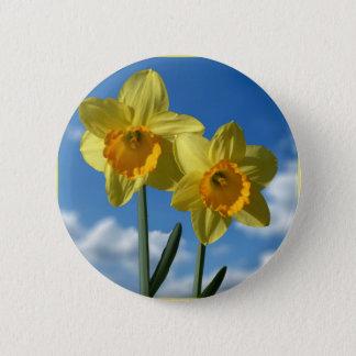 Bóton Redondo 5.08cm Dois Daffodils amarelos 2,2