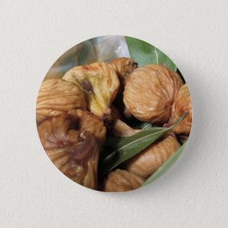 Bóton Redondo 5.08cm Frutas do outono. Close up de figos secados com