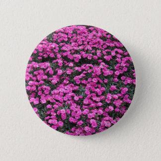 Bóton Redondo 5.08cm Fundo natural de flores roxas do cravo