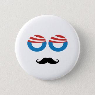 Bóton Redondo 5.08cm Homem Democrática - bigode você uma pergunta