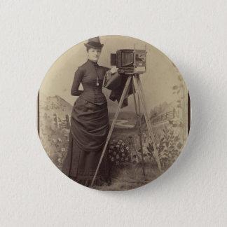 Bóton Redondo 5.08cm Mulher do Victorian que toma uma foto