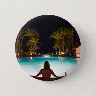 Bóton Redondo 5.08cm Palmas, piscina, mulher e cerveja…