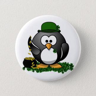Bóton Redondo 5.08cm Pinguim afortunado do dia de St Patrick com o pote