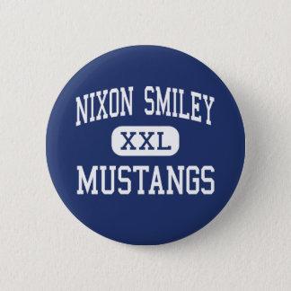 Bóton Redondo 5.08cm Smiley de Nixon - mustang - alto - Nixon Texas