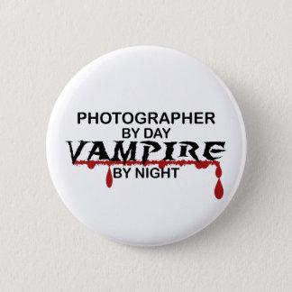 Bóton Redondo 5.08cm Vampiro do fotógrafo em a noite