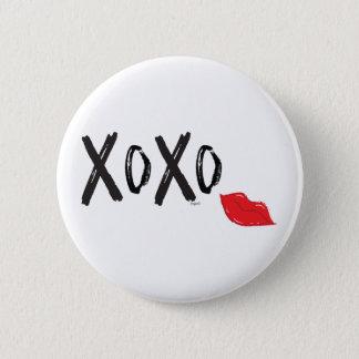 Bóton Redondo 5.08cm XoXo-Abraço-Beijo-com-Vermelho-Lábios
