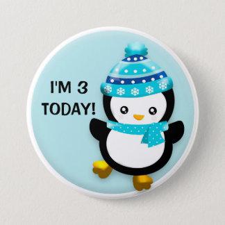 Bóton Redondo 7.62cm Pinguim bonito no botão azul do aniversário do