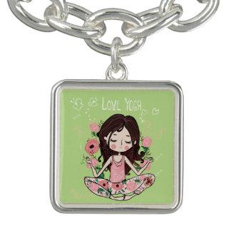 Bracelete Com Pingente A menina cor-de-rosa dos rosas ama a ioga