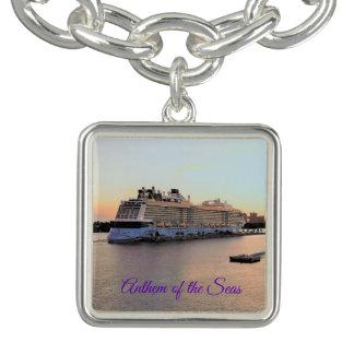 Bracelete Com Pingente Aurora do porto de Nassau com navio de cruzeiros