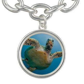 Bracelete Com Pingente Tartaruga impressionante do mar