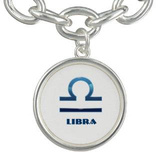 Braceletes Com Charm Sinais azuis do zodíaco do Libra no branco