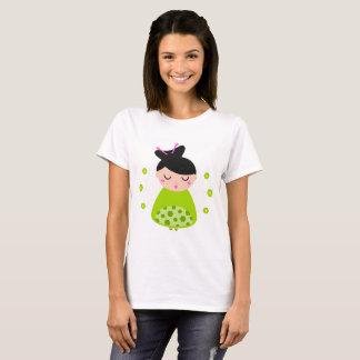 Branco do t-shirt das meninas com gueixa camiseta