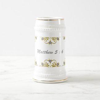 Branco e ouro caneca de cerveja de 22 onças